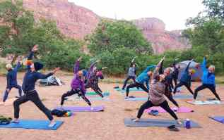 sunrise yoga_Moab
